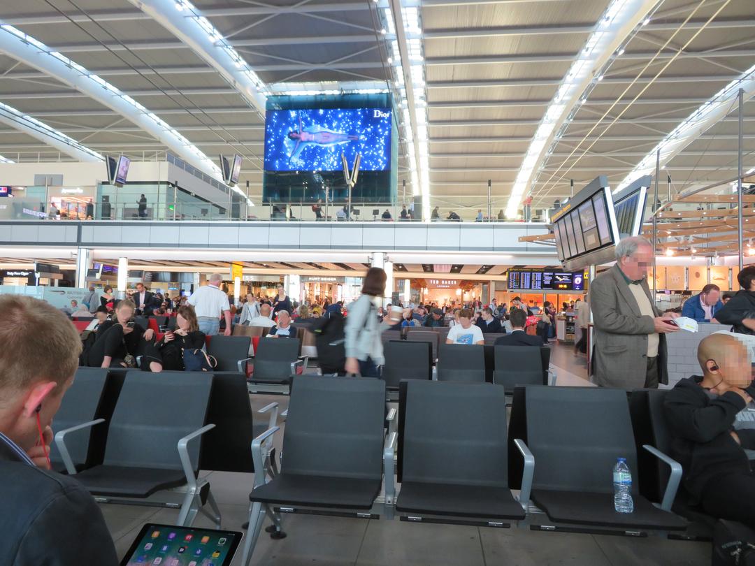 ロンドンの空港[イタリア]