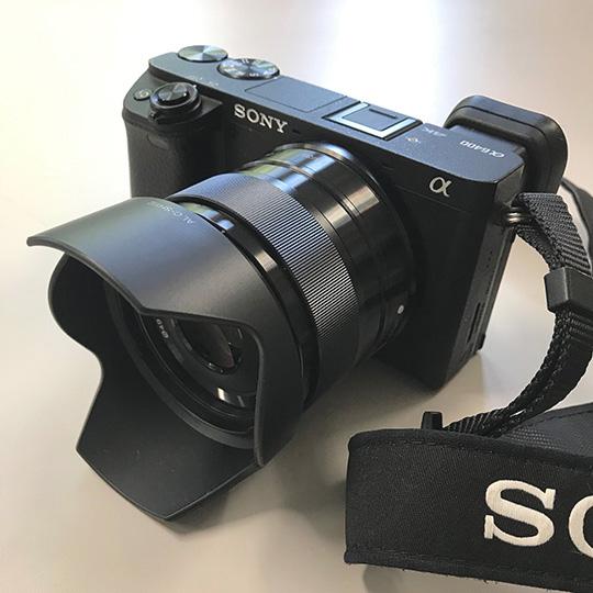 Sonyの単焦点レンズ E35 mm F1.8