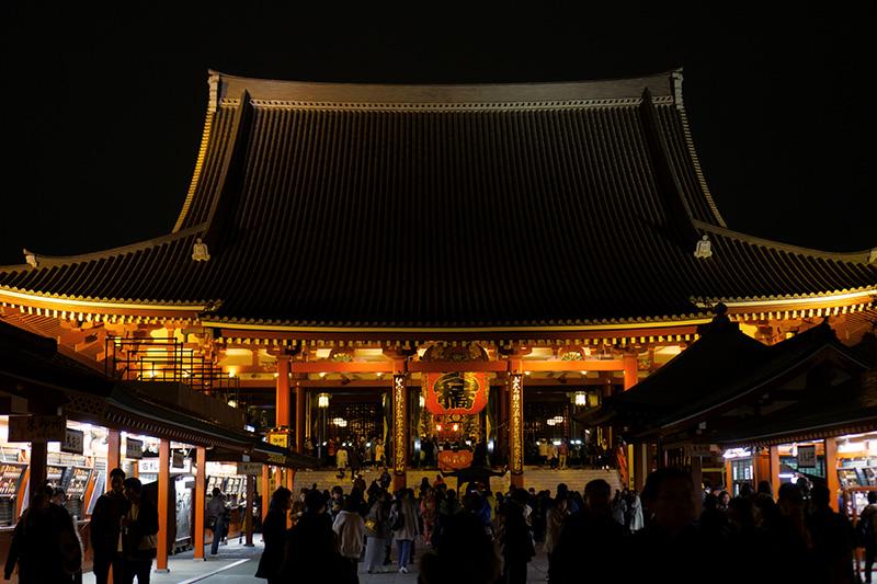 夜の浅草浅草寺