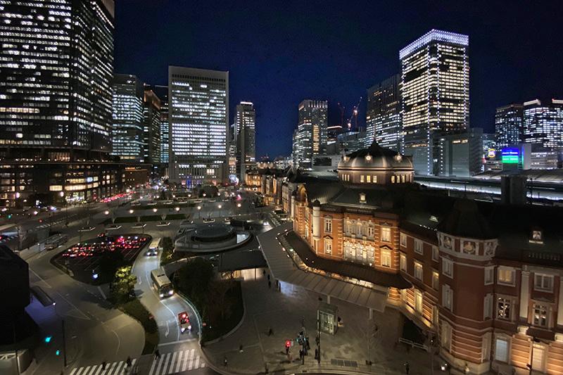 KITTE展望テラスから東京駅
