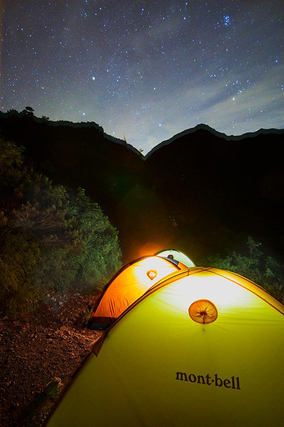 明け方のテント場