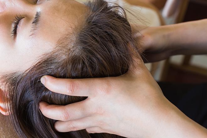 白髪予防に効く頭皮マッサージ