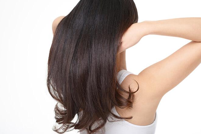 白髪を切らずにヘアトリートメントを使う