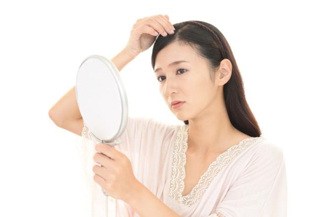 白髪の出始めに対処する方法6つ【おすすめ度付き】