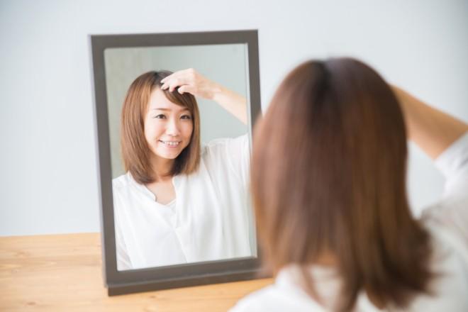白髪の量別・前髪の白髪対策方法