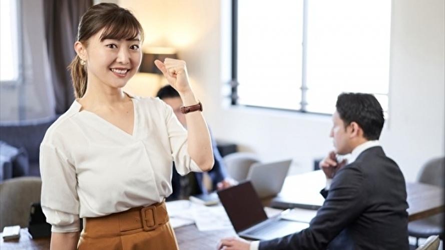 英語学習をコーチングで学びたい女性のイメージ