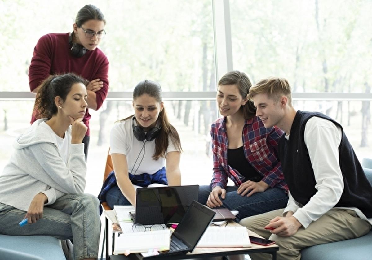 米大に留学している学生(社会人留学生を含む)イメージ