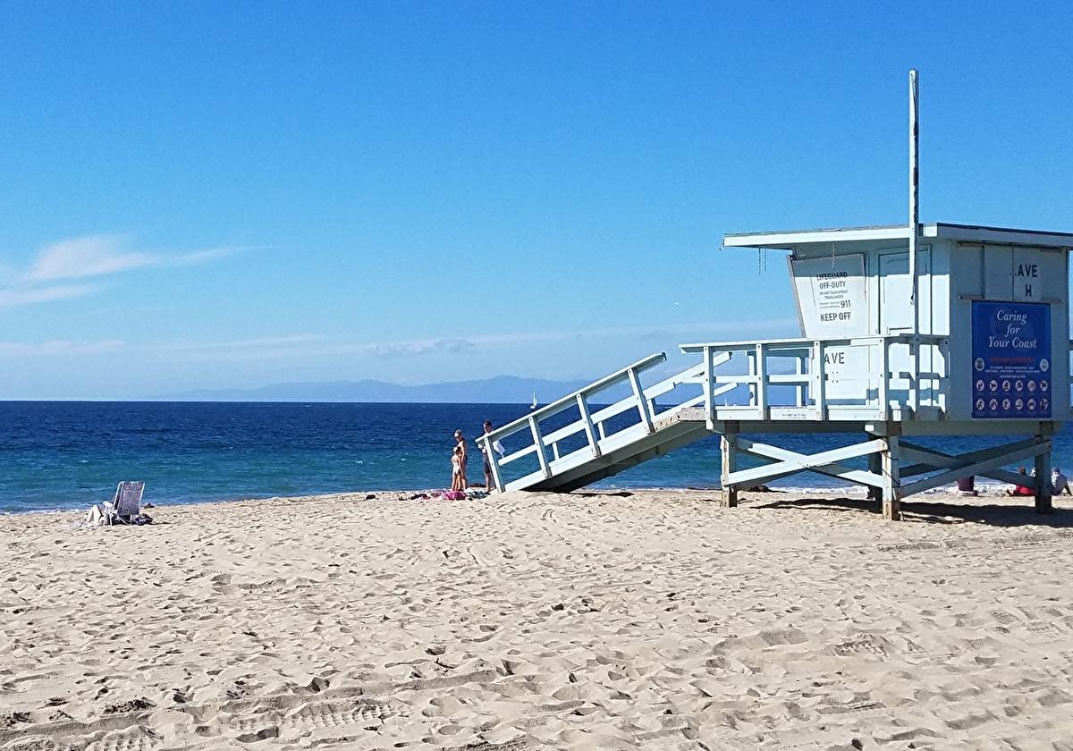 カリフォルニアの日差しに映えるLAのビーチ