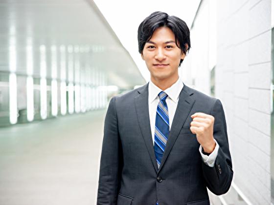 ネットワーキングでアメリカの就労ビザを取ることに燃える日本人 イメージ