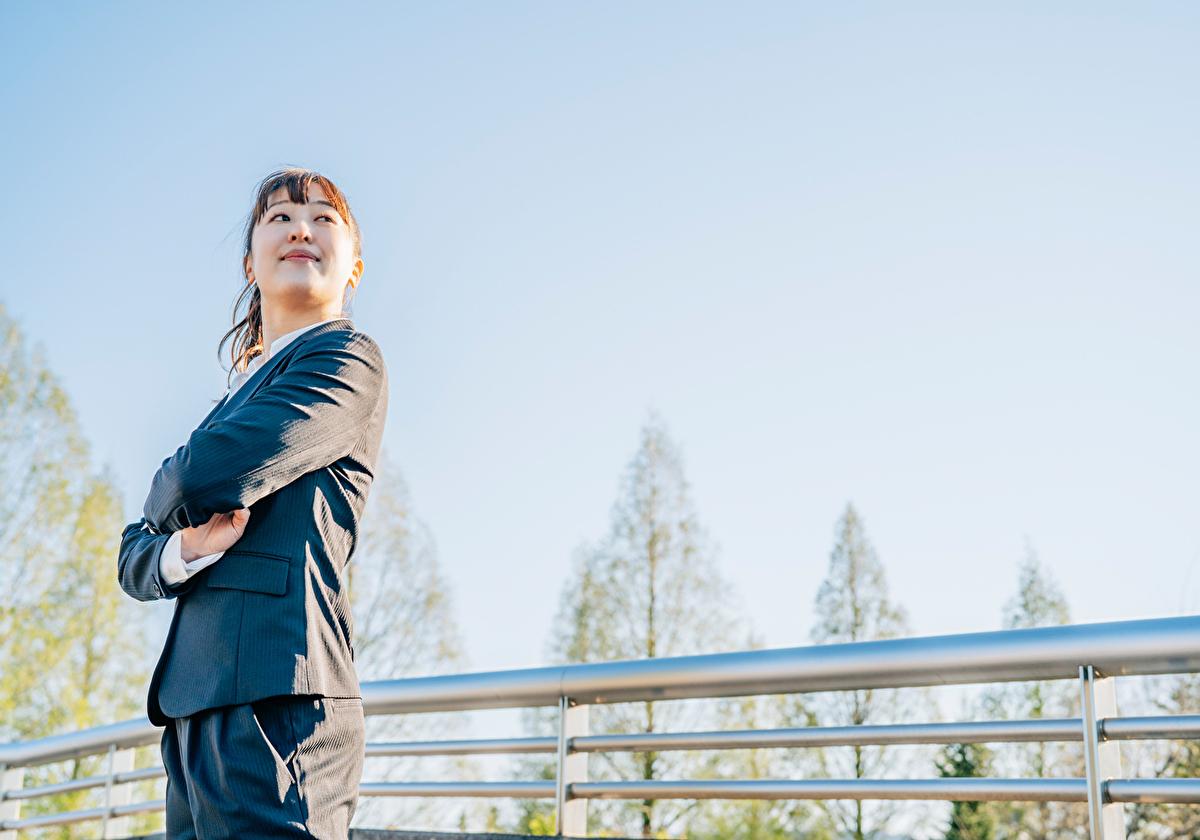 アメリカでの就職に胸をふくらませる女性