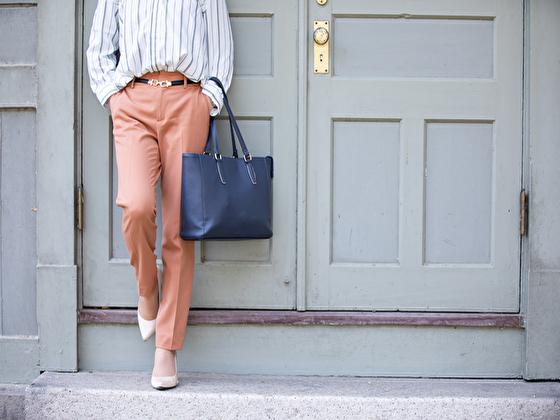 アメリカで着れそうな明るめのビジネスカジュアル(女性用)
