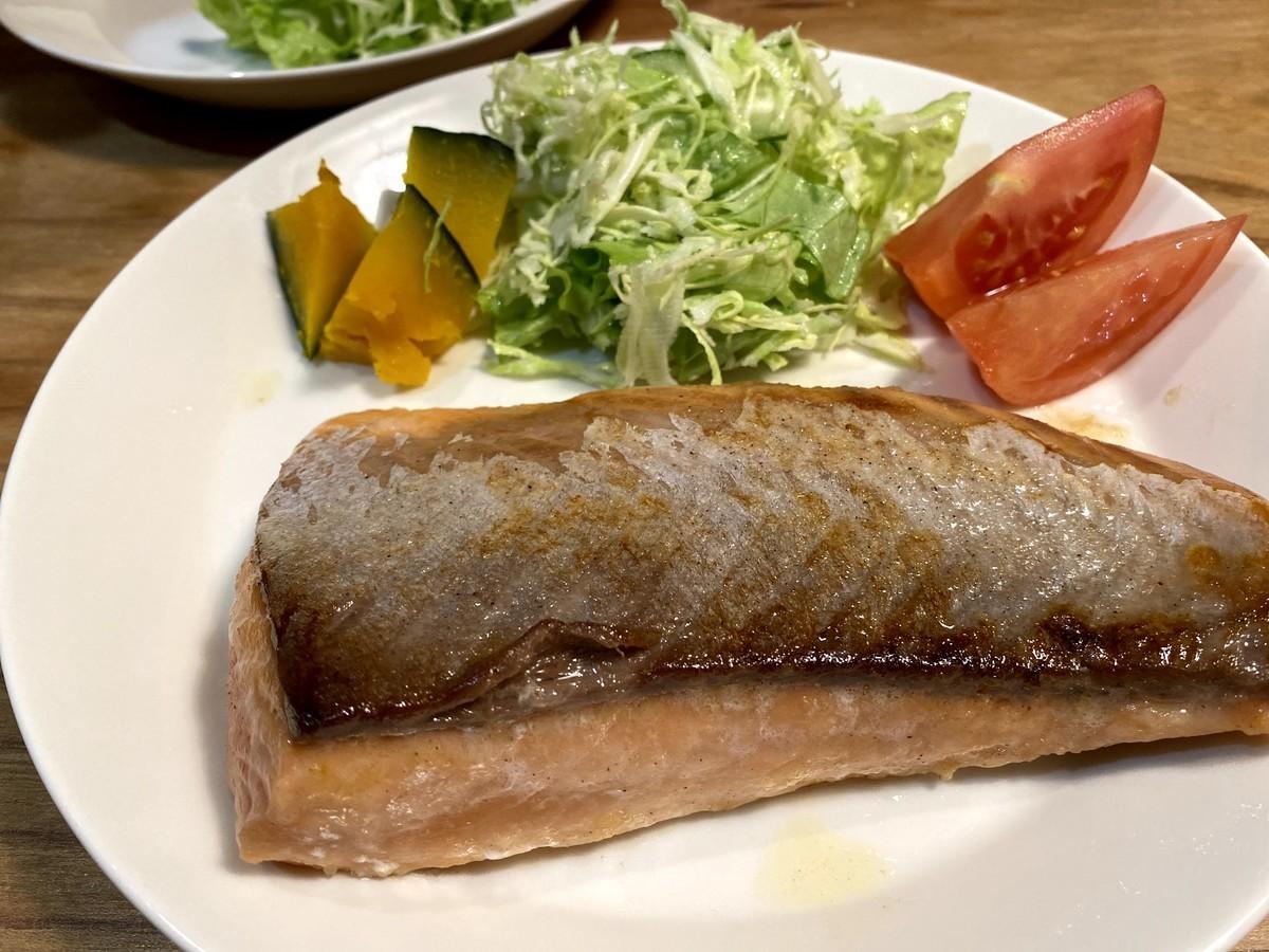 ふるさと納税 エンペラーサーモン 食べ方 レアステーキ