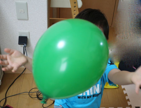3歳 家遊び 風船