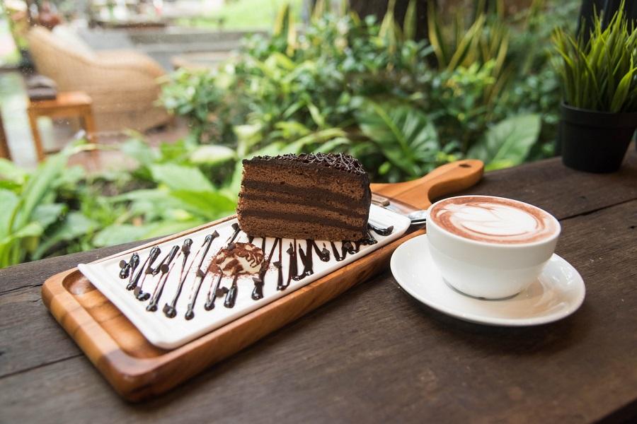 チョコレートケーキ,コーヒー