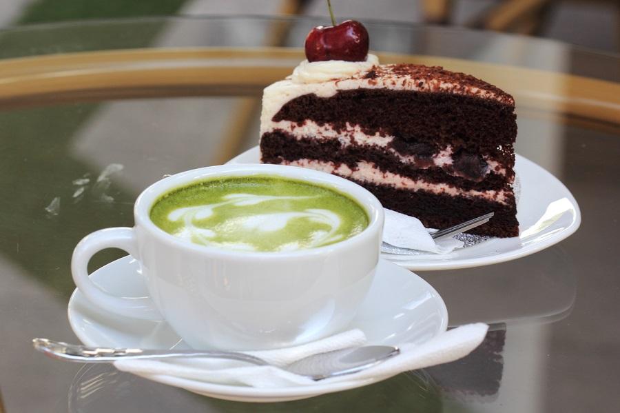 チョコレートケーキ,緑茶