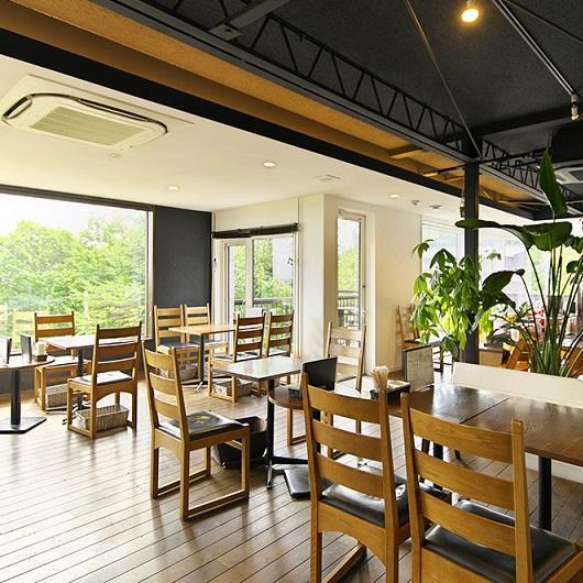 CAFE de ROMAN (カフェドロマン) 札幌藻岩店4