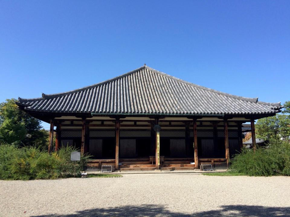 きれいな元興寺のお堂でした