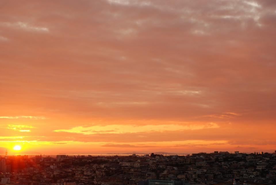 瀬戸内海へ落ちる夕日