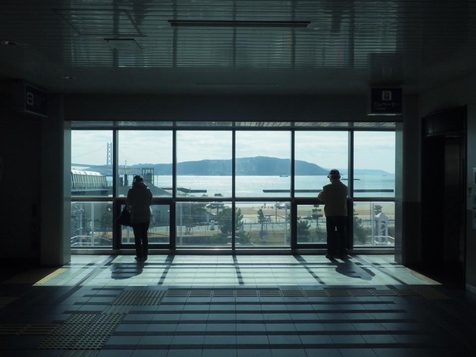 海の見える駅から