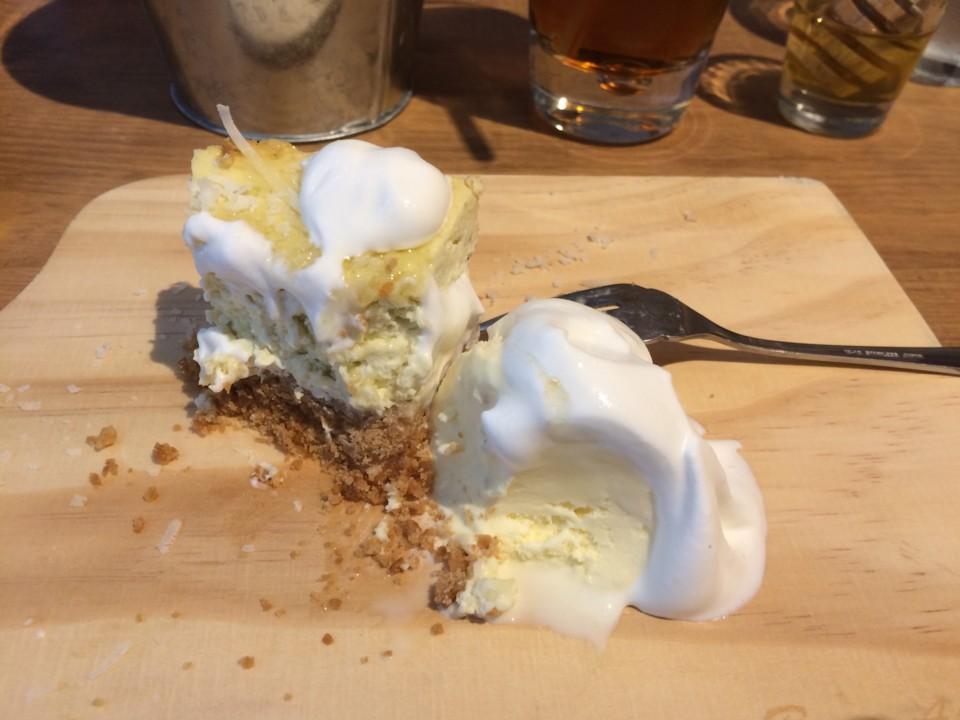 塩気の効いたチーズケーキ
