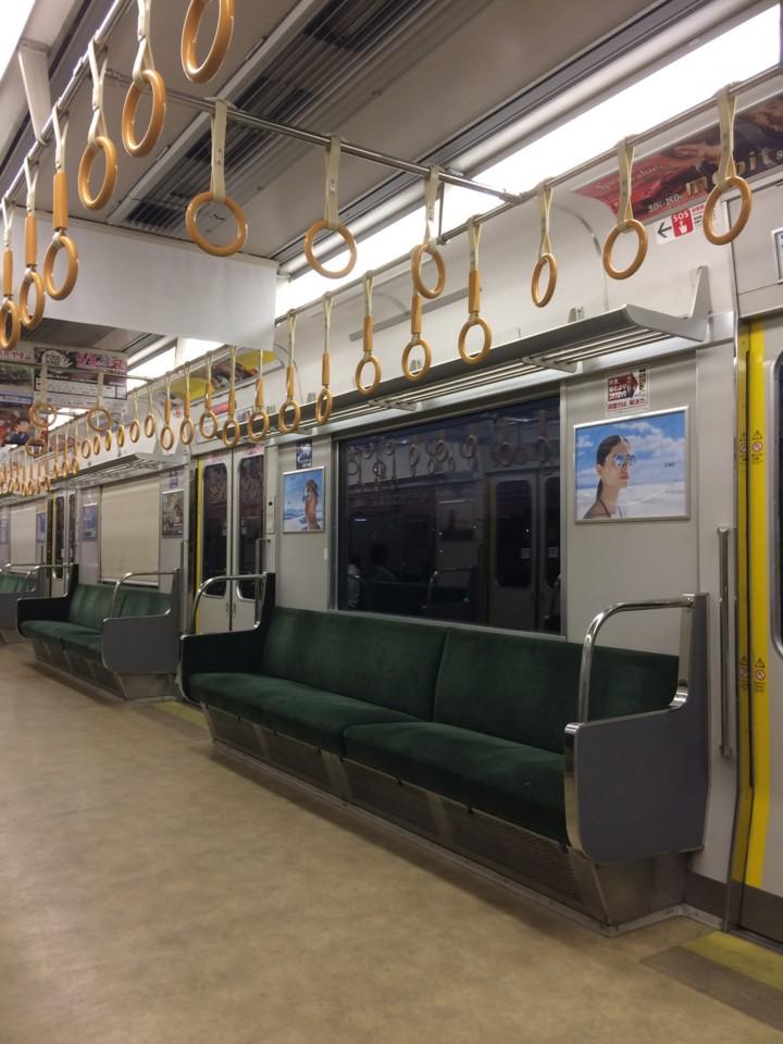 帰りの通勤電車