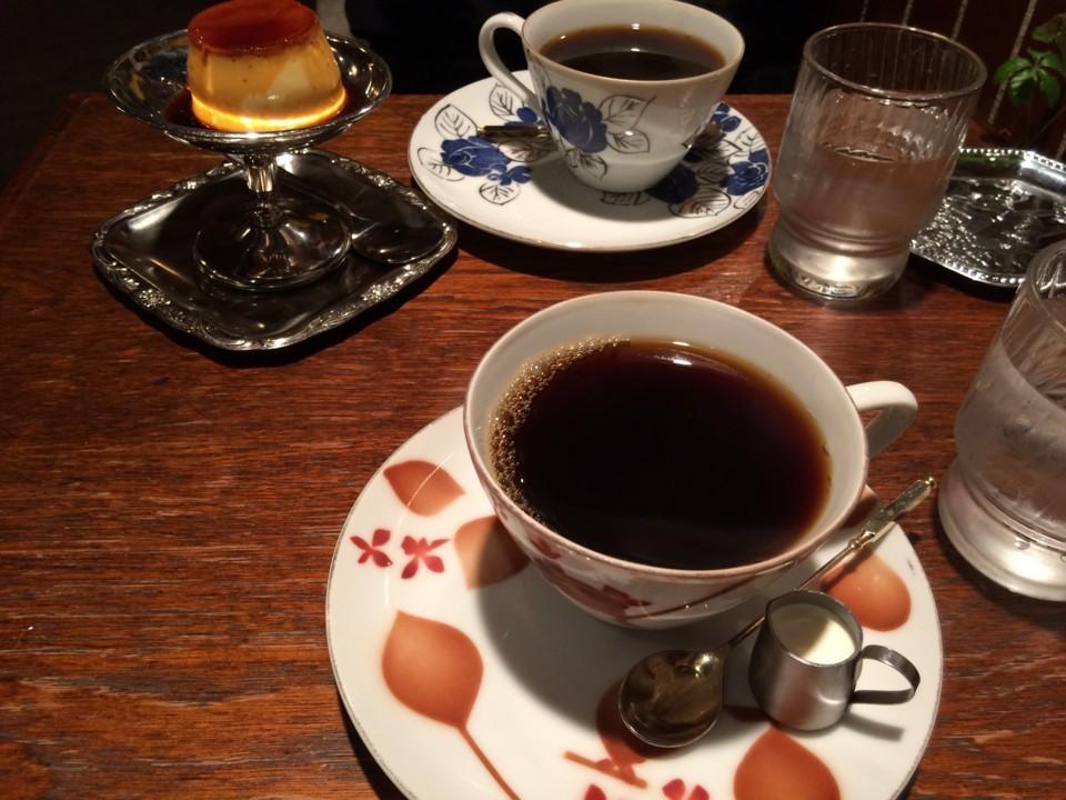 秘密のカフェにて