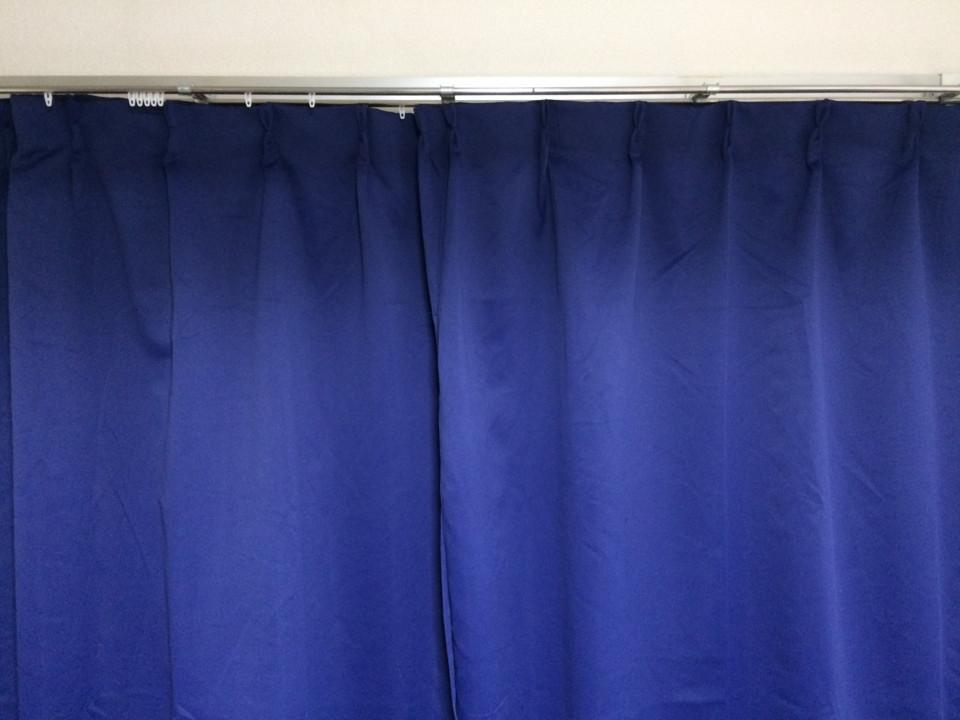 新調したカーテン
