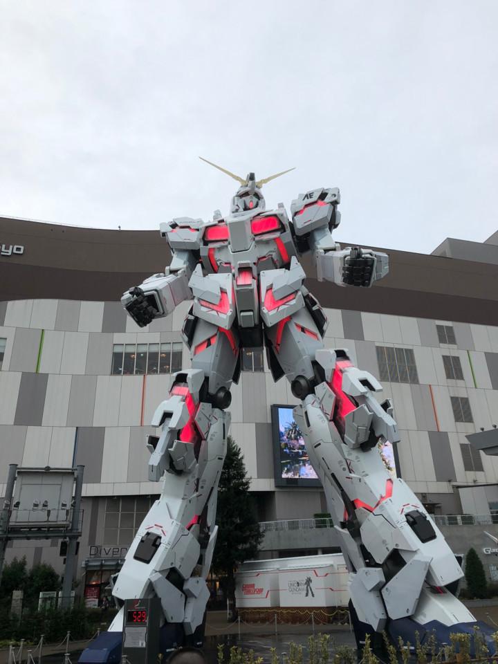 お台場ユニコーンガンダム正面2(デストロイモード)