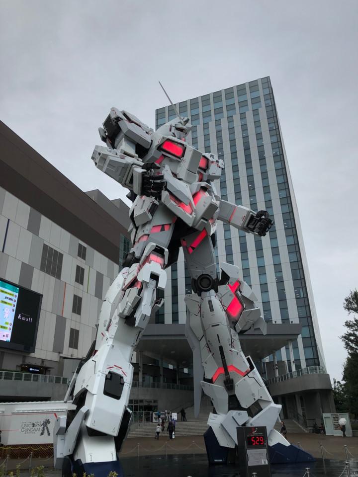お台場ユニコーンガンダム正面1(デストロイモード)