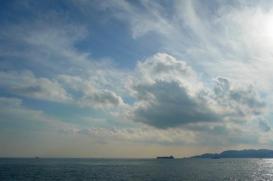 冬の明石海峡