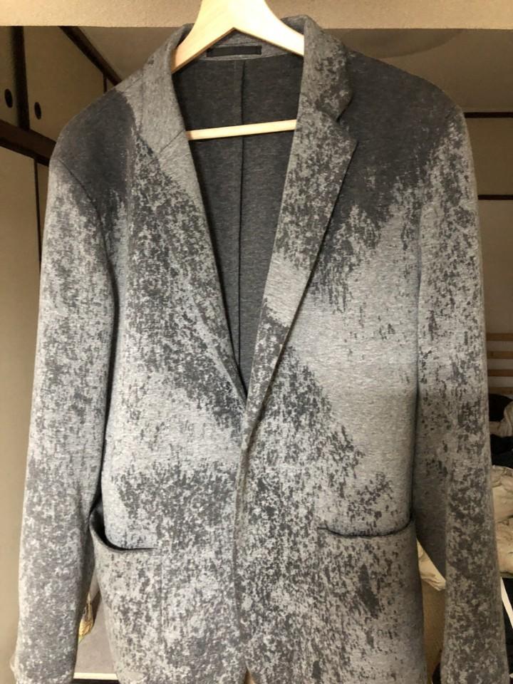 雨に濡れたジャケット
