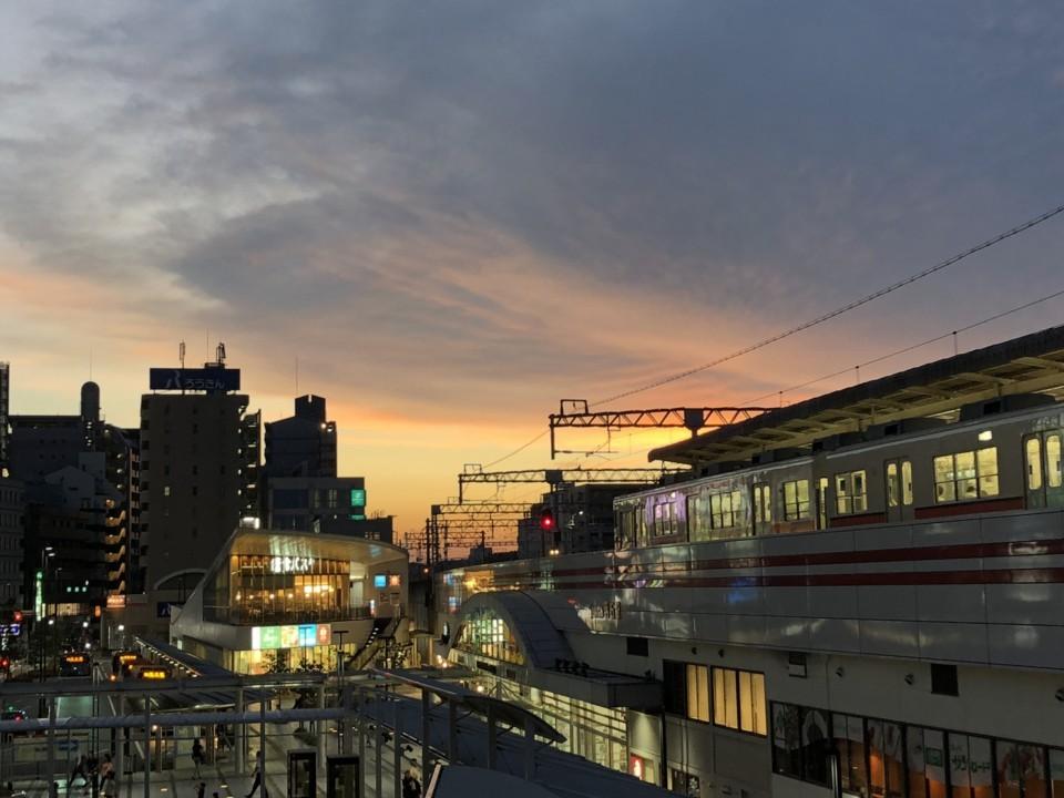 夕焼け・駅