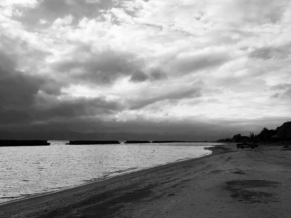 浜モノクロ