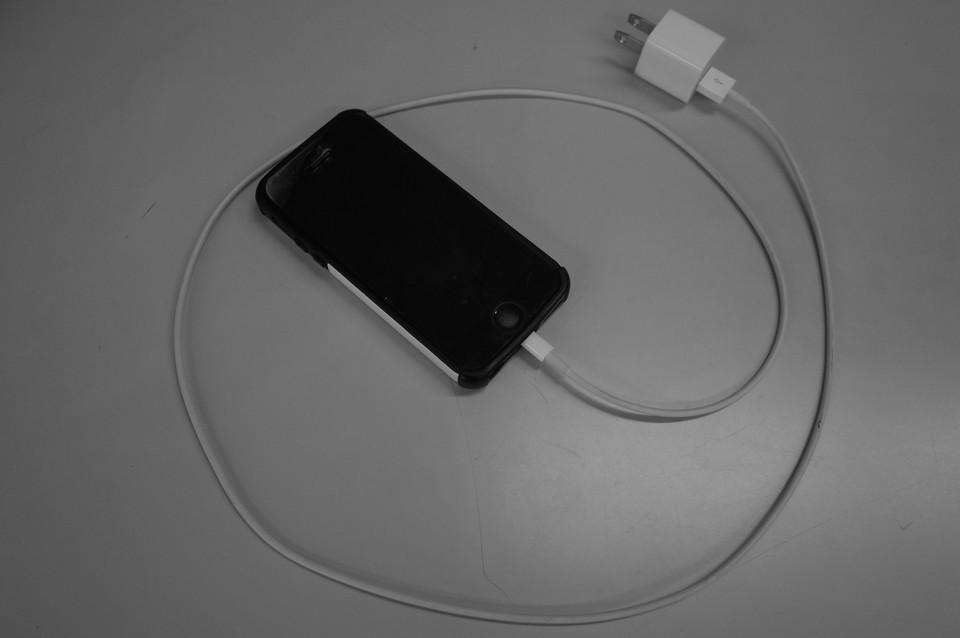 引っ張り出してきたiPhone5s