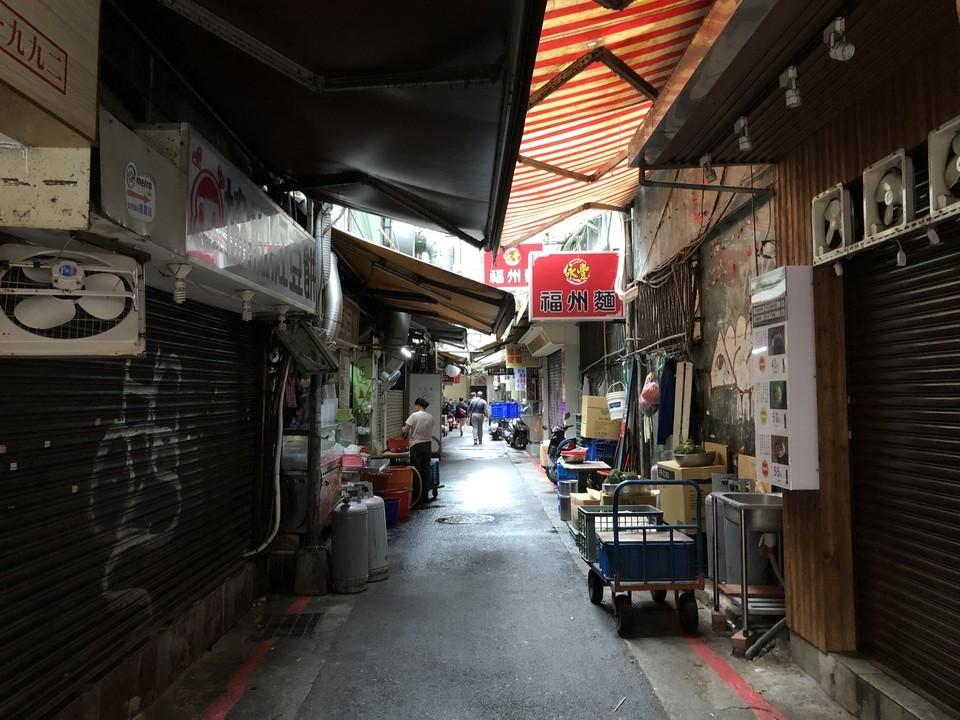 台湾路地裏