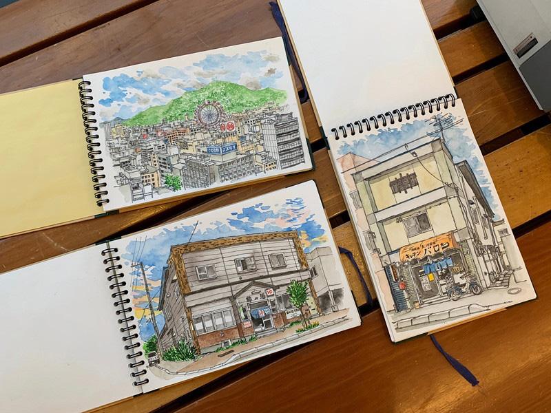 1月21日に終了した出版記念絵画展ではスケッチブックに描かれた原画も公開した。