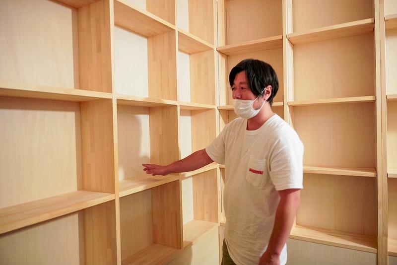 クラファンで早々に完売したリターン「棚オーナー」用の棚は全部で20枠。