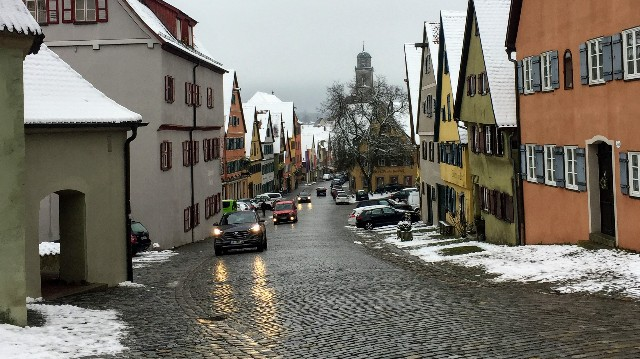 ロマンチック街道で立ち寄った穏やかな日常の街の写真