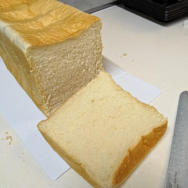 最高級食パン専門店「い志かわ」で購入したパン「い志かわ」の写真