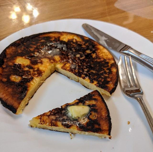 クッキー生地から作ったパンケーキの写真