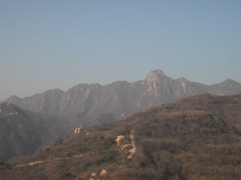 万里の長城を歩くのはキツイ