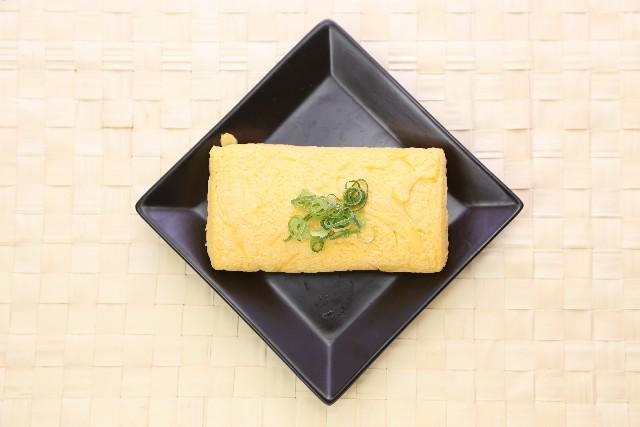 玉子焼きのレシピ。甘い厚焼き玉子の簡単な作り方を極める