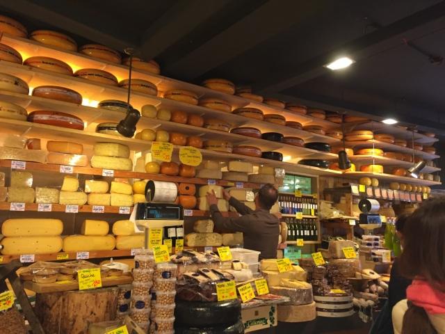 アムステルダムのチーズ屋さん