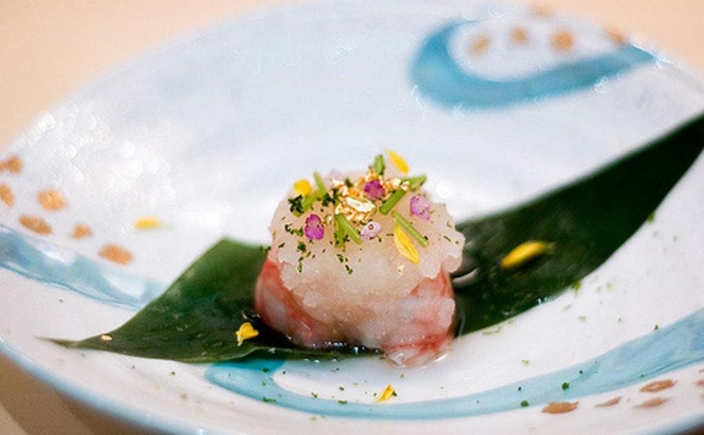 柚子とシソを合わせたお寿司