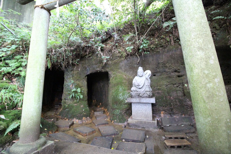 稲城市矢野口 穴澤天神社の御神水の写真3