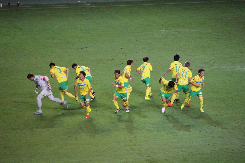 J2 第27節 ジェフ千葉 VS 愛媛FC 後半の円陣ダッシュの写真