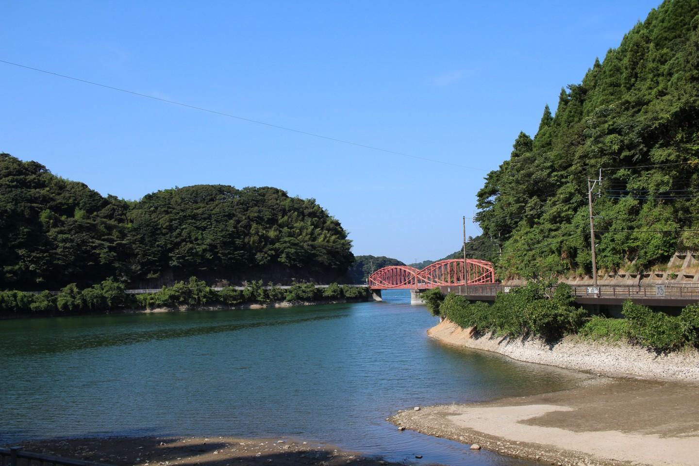 河内貯水池の写真