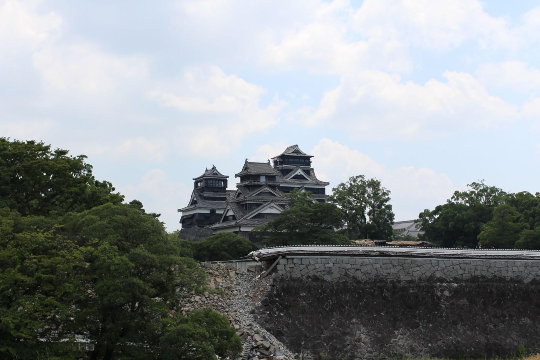 震災4ヶ月後の熊本城の写真3