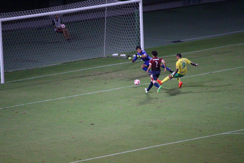 天皇杯1回戦 ジェフ千葉 VS 北海道教育大学岩見沢校 エウトンの先制ゴールの写真