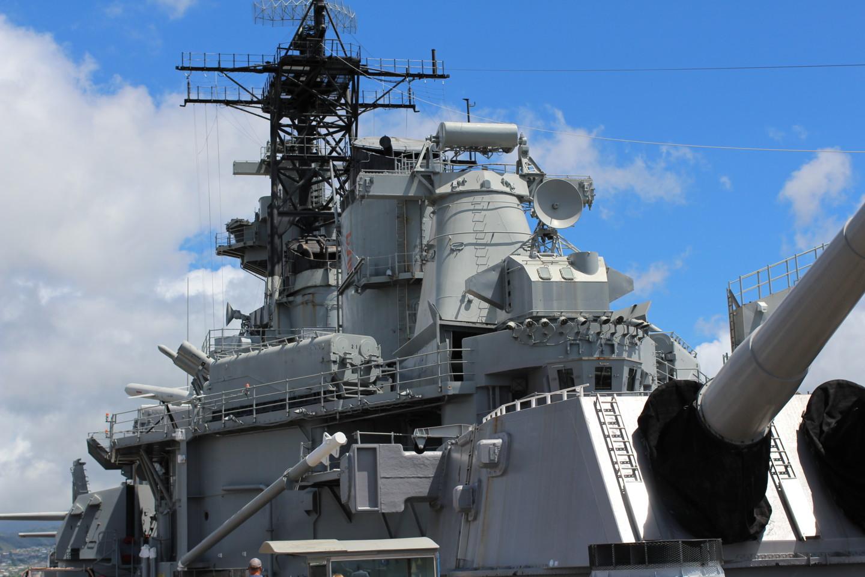 トマホークを積んでいる戦艦ミズーリの写真